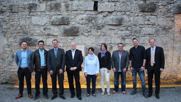 Die Versammlung bestätigte den Präsidenten sowie die übrigen Vorstandsmitglieder für weitere drei Jahre. Auf dem Bild der VSCI-Vorstand mitsamt Mitarbeiterinnen Sekretariat.