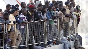 Schlepper verkaufen Flüchtlings als menschliche «Ersatzteillager» an Organhändler. (Symbolbild)