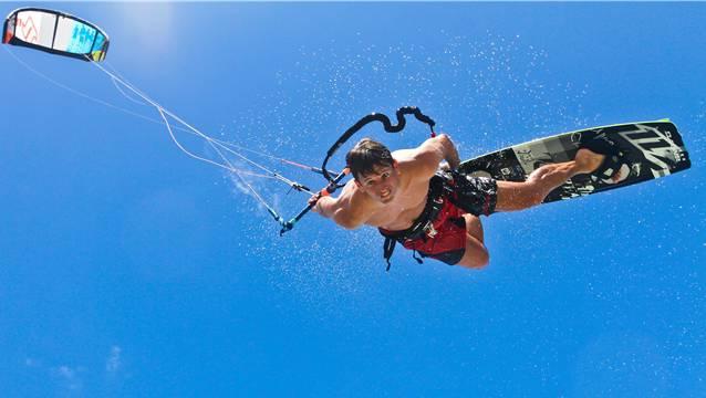 Kitesurfer Daniel Rey in Action. Foto: Diehle