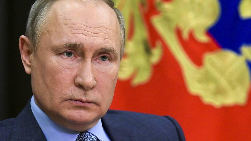 Blutbad in russischer Schule: Putin drückt Angehörigen Beileid aus