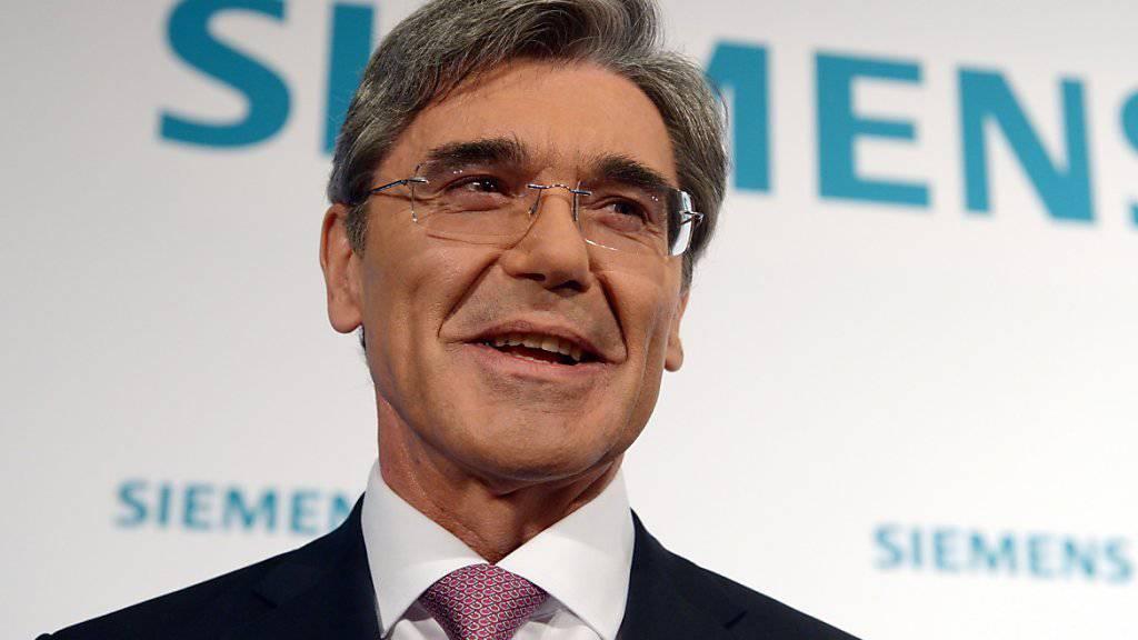 Siemens-Chef Joe Kaeser kann für das zweite Quartal mehr operativen Gewinn verkünden als erwartet. (Archiv)