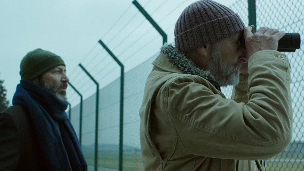 """Peter Freiburghaus (r) und Jay Abdo im Schweizer Kurzfilm """"Facing Mecca"""", der es auf die Oscar-Shortlist der besten zehn Kurzfilme weltweit geschafft hat. (Pressebild)"""