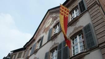 Verwaltung zwischen Festtagen offen. Im Bild das Rathaus von Rheinfelden.