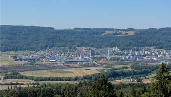 Künftig könnte ein Tunnel von Spreitenbach (im Bild) oder Dietikon aus durch den Heitersberg ins Reusstal führen. Bild: David Egger