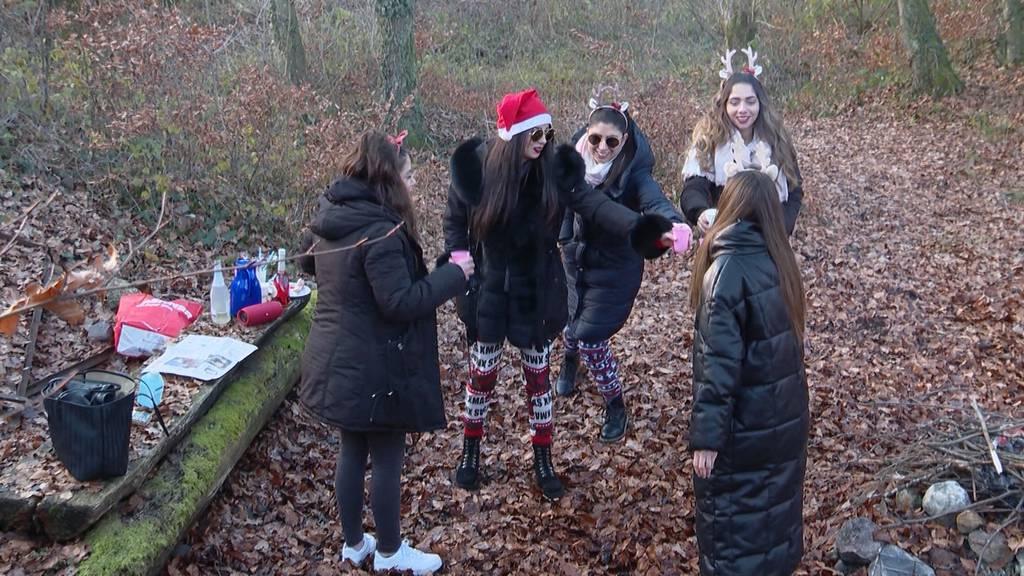 Wegen Corona: Viele feierten Weihnachten im Freien