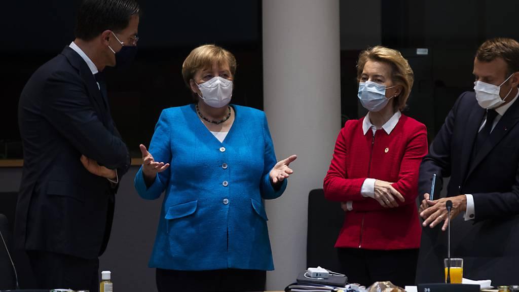 Am EU-Gipfel wurden heftige Diskussionen um den richtigen Weg für Hilfsgelder in der Coronavirus-Krise und deren Finanzierung zu finden.