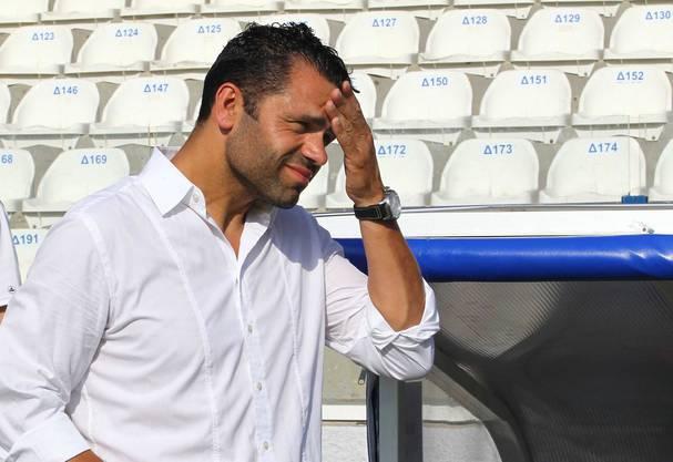 YB-Trainer Uli Forte leidet in der Hitze auf Zypern mit seinem Team mit