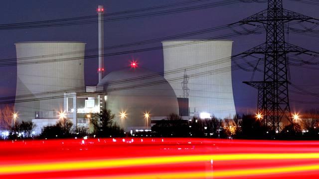 Nun ist auch das Atomkraftwerk Biblis A vom Netz (Archiv)