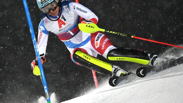 Die 27-jährige Schwyzerin Wendy Holdener fährt beim Slalom in Flachau als dritte aufs Podest.