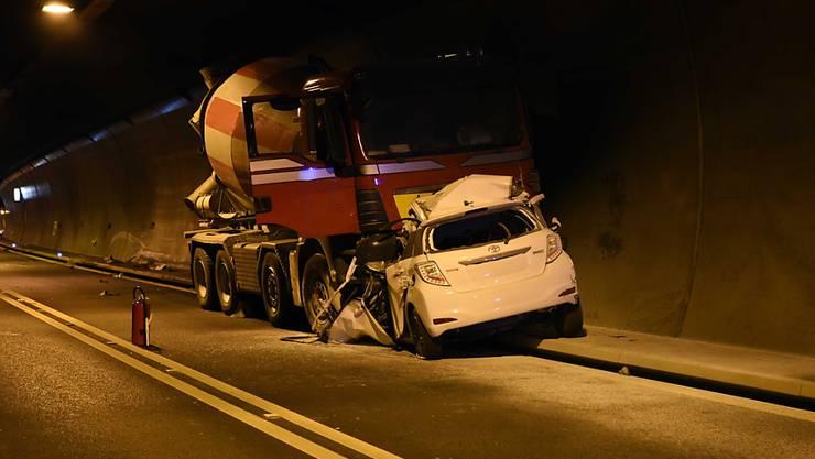 Im Tunnel Sachseln hat sich ein schwerer Verkehrsunfall ereignet.