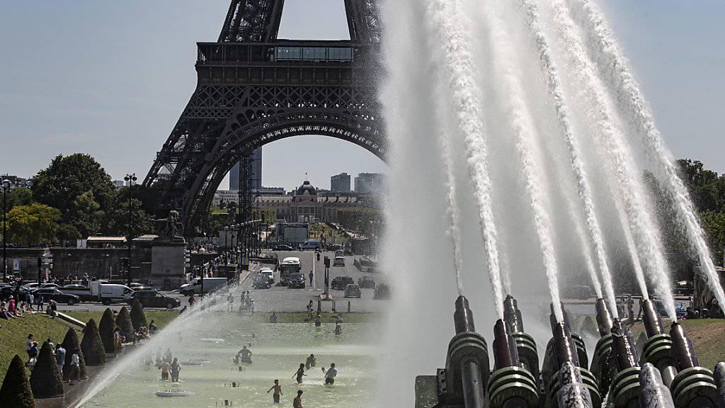 Polizei stellt gestohlene Juwelen in Paris sicher