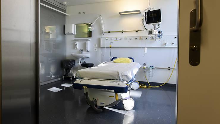 Die Gesundheitsdirektion will Platz schaffen für Corona-Patienten und Schutzmaterial sparen.