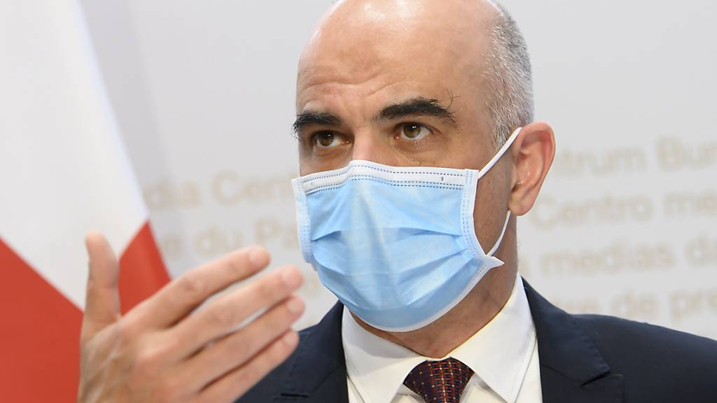 Corona-Selbsttests sind laut Gesundheitsminister Alain Berset vom 7. April an verfügbar. (Archivbild)