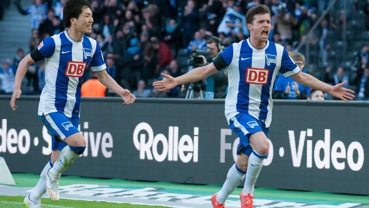 Valentin Stocker staubt zum 1:0 für Hertha ab.