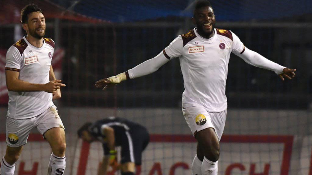 Jubel über sein 20. Saisontor: Jean-Pierre Nsamé rettete Servette in Chiasso einen Punkt