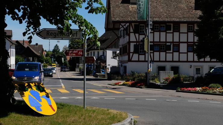 Weiningen, Lindenkreuzung: Auch sie wird saniert – in diesem Rahmen wird auch die Linde durch eine neue ersetzt