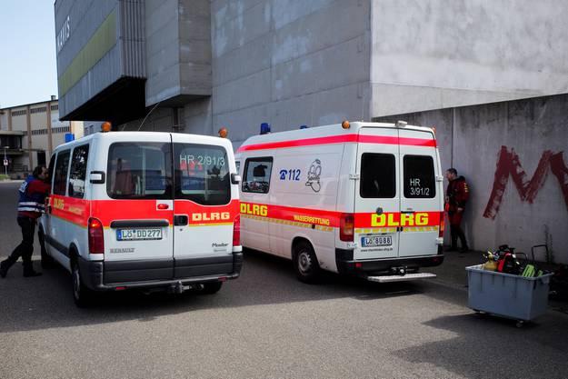 Unzählige Rettungskräfte waren im Einsatz.