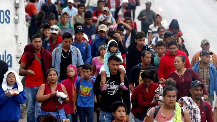 Die Uno will das Elend der Migration beseitigen. Doch der Uno-Migrationspakt ist umstritten. Bild: Karawane in Guatemala.