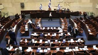 Das Parlament Israels (Knesset) stimmte am Mittwoch für seine Auflösung.