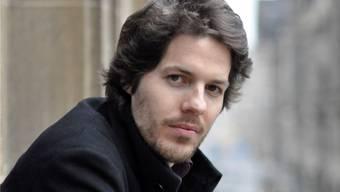 Philip Kovce (28) aus Göttingen denkt in Basel über zukünftige Gesellschaftsformen mit freieren Menschen nach.