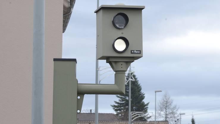 Der Badener Stadtrat kämpft weiterhin für einen Blechpolizisten an der Gstühl-Kreuzung. (Symbolbild)