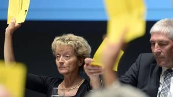 Widmer-Schlumpf und Nationalrat Hansjörg Hassler (Archiv)