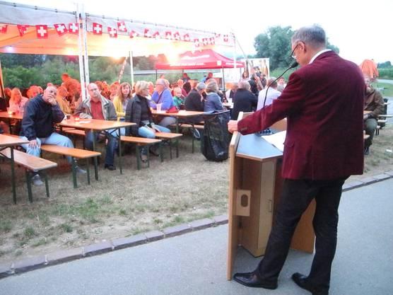 Otto Müller gratuliert Helvetia zum Geburtstag.