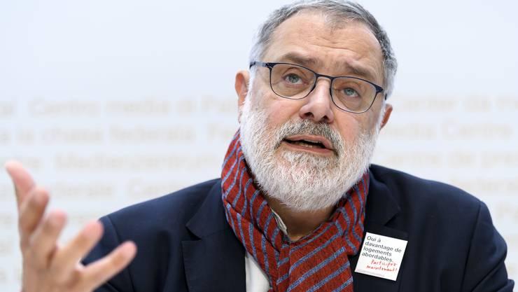 Per Zoom-Meeting wiedergewählt: Der Genfer SP-Nationalrat Carlo Sommaruga bleibt Präsident des Mieterinnen- und Mieterverbandes.