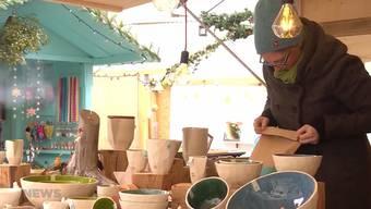 Karin Graf verkauft ihre Produkte am Berner Weihnachtsmarkt: «Die Kunden sollen nicht von meiner Geschichte beeinflusst werden.»