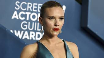 ARCHIV - Scarlett Johansson kommt zur Verleihung der Screen Actors Guild Awards in der Shrine Auditorium  Expo Hall. Foto: Jordan Strauss/Invision/AP/dpa
