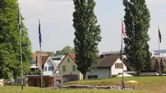 Im Amphitheater Vindonissa wurde eine Brugger Fahne gehisst.