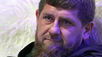 ARCHIV - Ramsan Kadyrow, Oberhaupt der russischen Teilrepublik Tschetschenien. Foto: Emile Alain Ducke/dpa