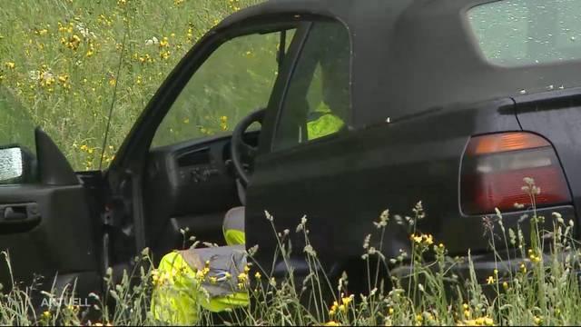 30-Jähriger verursacht mit Cabrio Selbstunfall