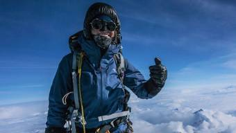 Die erst 26-jährige Wahlzürcherin und gebürtige Deutsche Anja Blacha, hat den Mount Everest bezwungen.