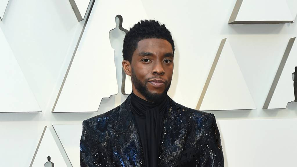 Rund drei Monate nach seinem Tod ist der «Black Panther»-Star Chadwick Boseman mit einem Preis geehrt worden. Foto: Jordan Strauss/Invision/AP/dpa