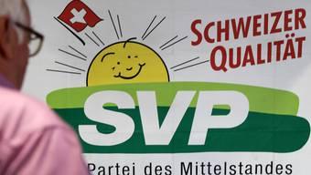 SVP-Logo an der Delegiertenversammlung der Schweizerischen Volkspartei (SVP) in der Mehrzweckhalle Stutz in Lausen, am 24. Juni 2017. (Symbolbild)