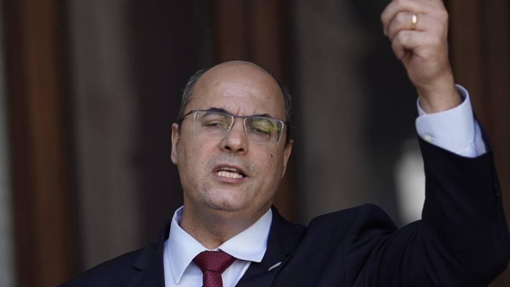Rios Gouverneur wegen Betrugsverdachts freigestellt