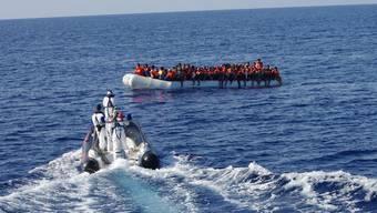 """Seenotrettung sei kein Verbrechen, sondern humanitäre Pflicht, sagte der Kapitän des NGO-Schiffs """"Sea-Eye"""" an der Kundgebung in Zürich. (Symbolbild)"""