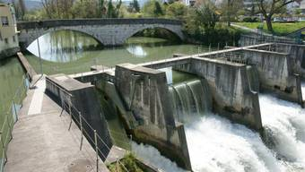 Antoine Millioud wechselt von den IWB zur Kleinkraftwerk Birseck AG (im Bild deren Kraftwerk Dornachbrugg).