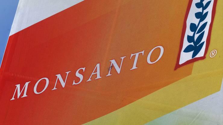 US-Investoren wollen, dass Bayer bis zu 135 Dollar pro Monsanto-Aktie bietet. Der deutsche Konzern erhöhte das Angebot nun von 125 auf 127,5 Dollar. (Symbolbild)