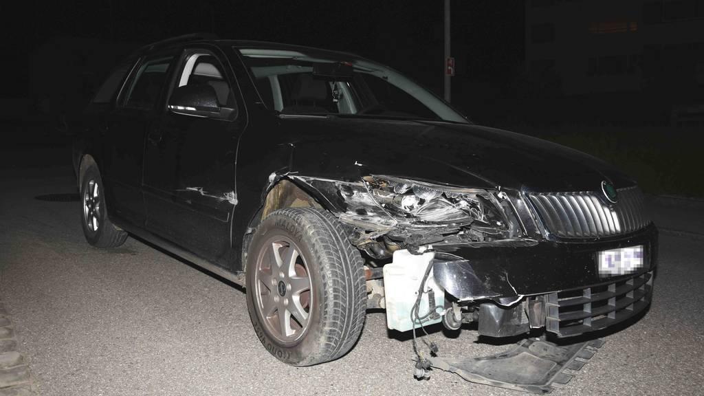 Strolchenfahrt mit Folgen: Drei Mädchen verunfallen mit geklautem Auto