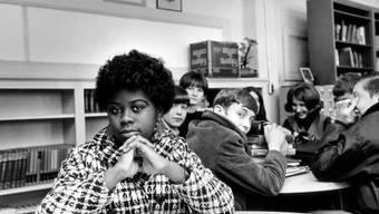 Die Schülerin Linda Brown hat in den USA einst Geschichte bei der Überwindung der Rassendiskriminierung geschrieben - nun ist sie verstorben. (Archivbild)