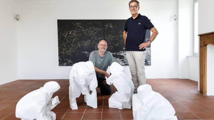 Beide zum ersten Mal im Schlössli: (v.l.) die Oltner Künstler Markus Wyss und Roland Weibel.