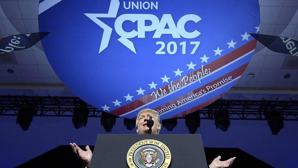 US-Präsident Donald Trump bei seiner Rede auf der CPAC-Konferenz in Washington.