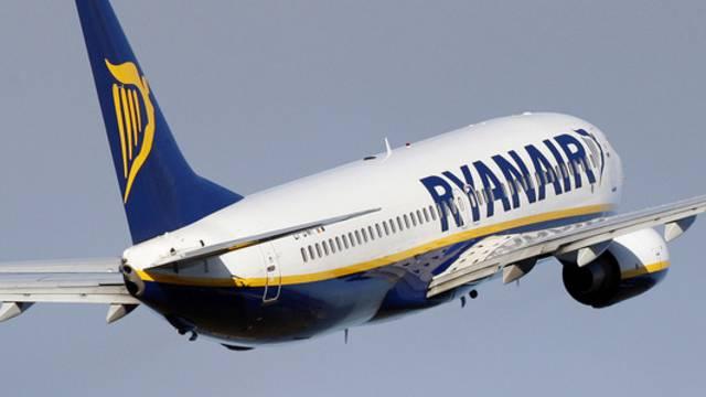 Ryanair fliegt ab Basel neben Dublin mindestens noch eine weitere Destination an. (Archiv)