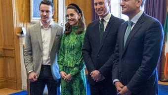 Prinz William und seine Frau Kate sind beim scheidenden irischen Regierungschef Leo Varadkar und seinem Partner Matthew Barrett zu Gast. (Foto: Arthur Edwards/via AP Keystone-SDA)