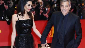 George Clooney und seine Gattin Amal am Donnerstag auf dem roten Teppich der Berlinale.