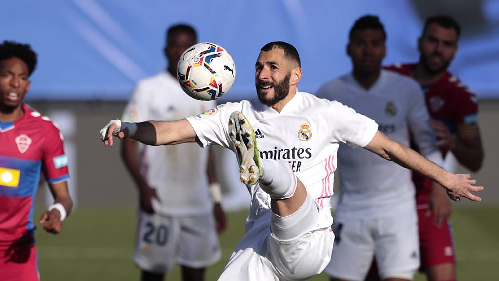 Der Franzose Karim Benzema sorgte gegen Elche für die Wende zugunsten von Real Madrid.