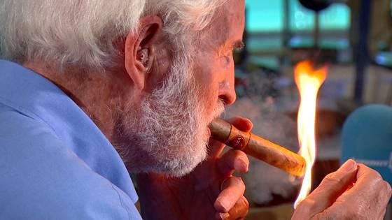 Drei Zigarren am Tag - trotz Herzinfarkt