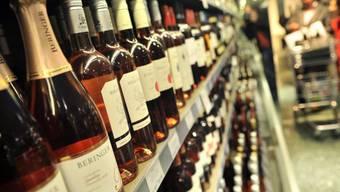 Alkoholismus und Schlafstörungen können zusammenhängen (Symbolbild)